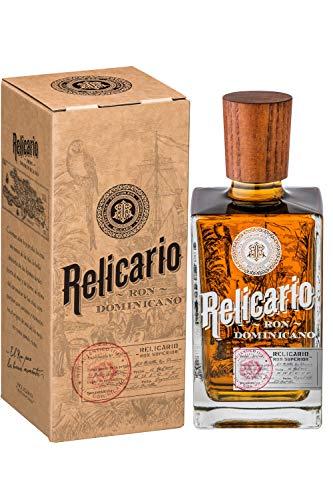 Relicario Superior Rum, Premium-Rum 40%, Ron 7 bis 10 Jahre gereift, stammt aus der Dominikanischen...